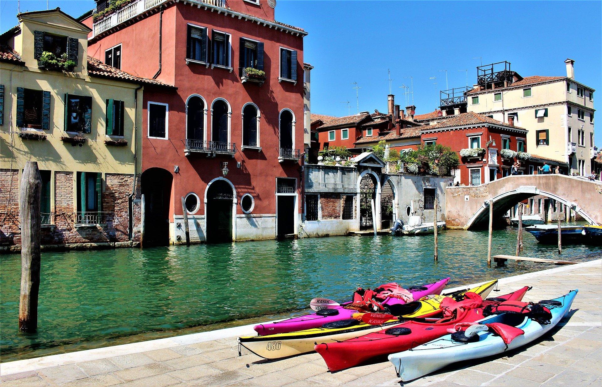 Venise avec enfants - visite en kayak
