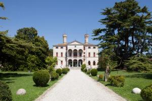 Chateau de Roncade: visite et dégustations des vins