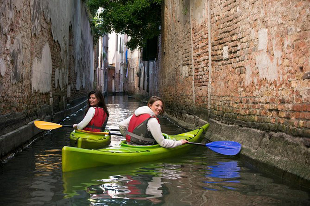 due kayak a venezia