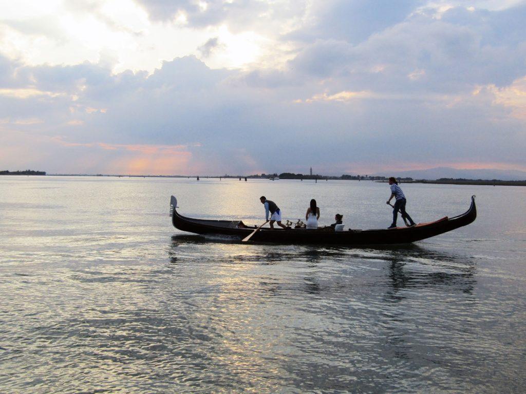 Apéritif en gondole à Cavallino: la lagune au coucher du soleil