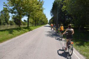 In bici in Riviera del Brenta