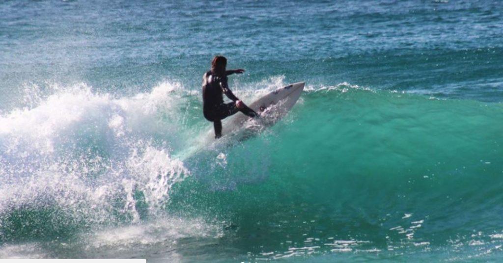 Surf à Jesolo : cours et location de planches de surf