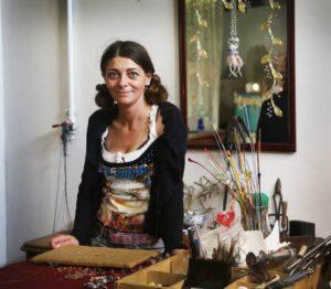 La Lavorazione del Vetro a Lume e gli Artigiani di Murano