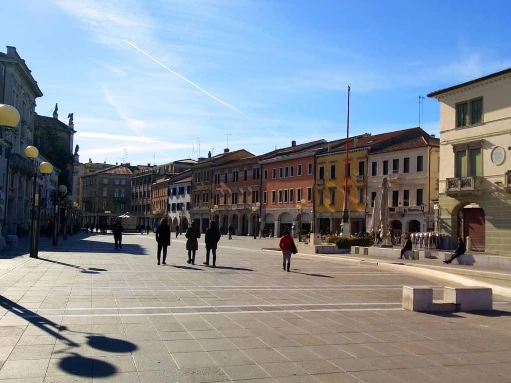Mestre. La piazza principale Erminio Ferretto