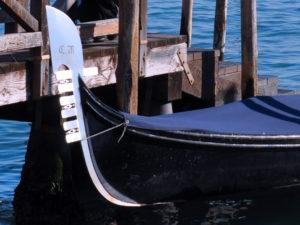 Costruzione gondole venezia. Ferro da prua