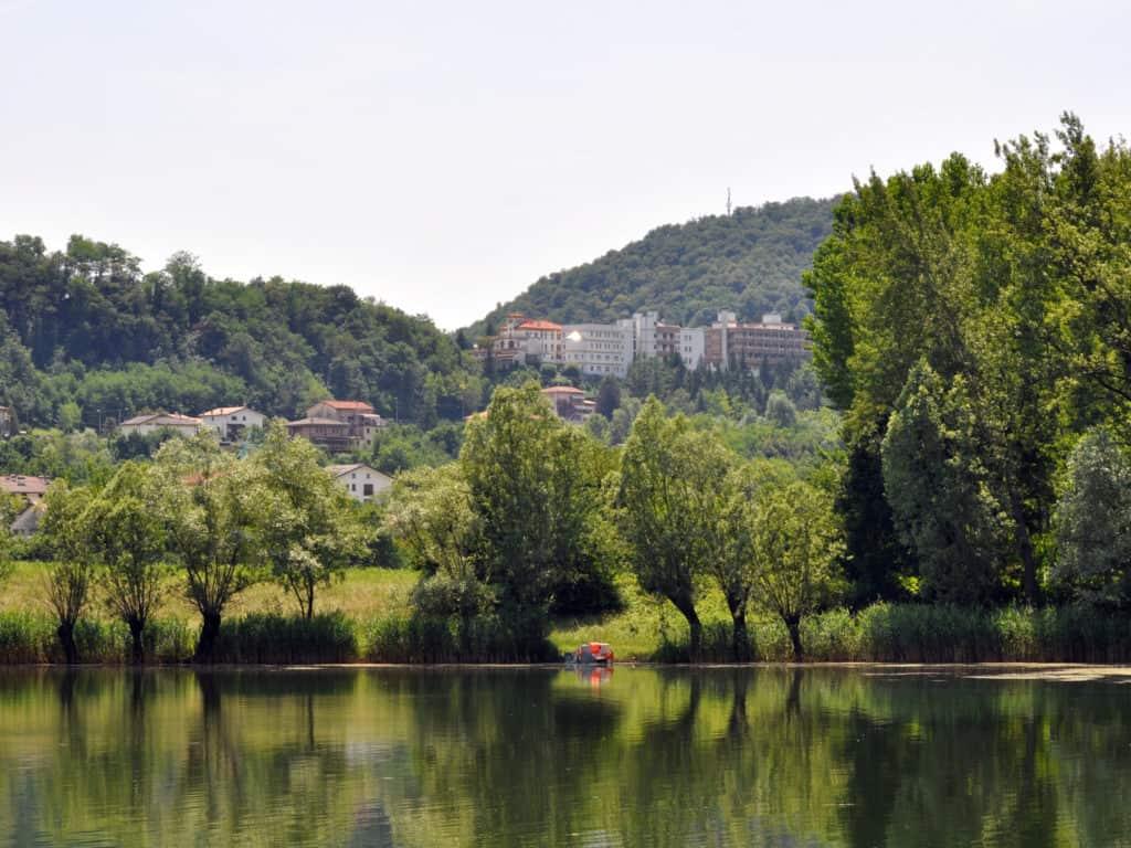 Cosa fare a Treviso? Rilassarsi al lago di Revine!