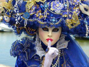 Carnaval-Venise-masque-mysterieux-